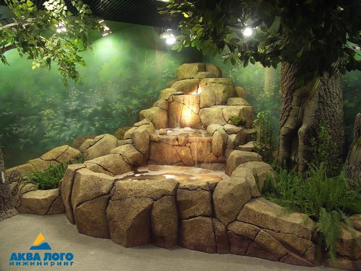 The waterfall in the Krasnoyarsk Exotarium